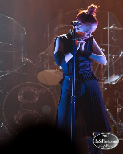 Concert Review + Photography: Garbage and IO ECHO at Mill City Nights (Minneapolis, MN)
